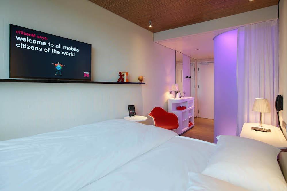 bedroom citizenm Amsterdam Schipol