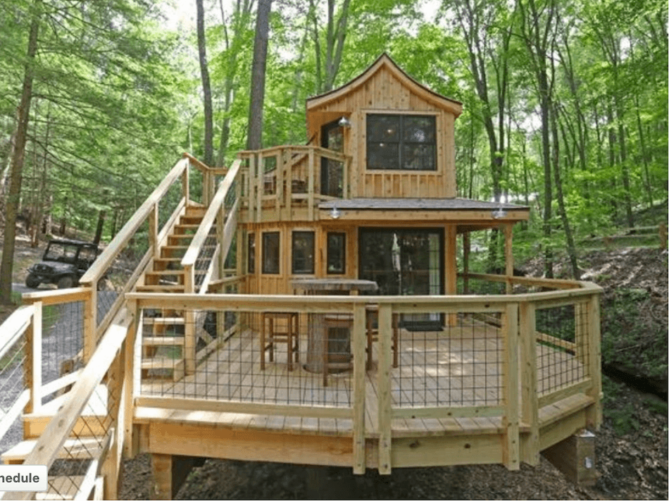 Beech Treehouse at Hocking Hills Treehouse cabins